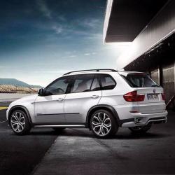 Оригинал BMW Аэрод.к-т порогов Performance, загрунт. (51192184430)